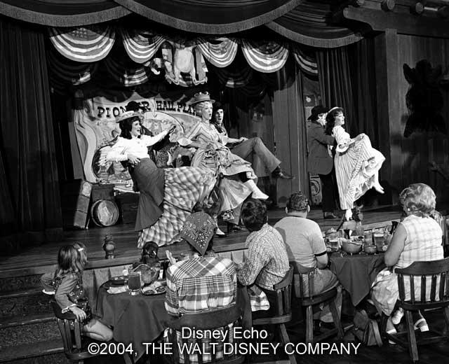Hoop-Dee-Doo Musical Revue - 1974