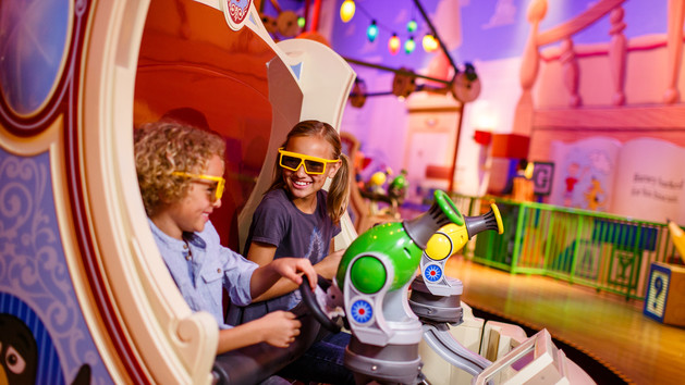 WDW Hollywood Studios Toy Story Land Midway Mania Ride w 3D glasses