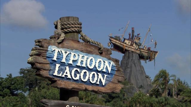 Disney World Typhoon Lagoon