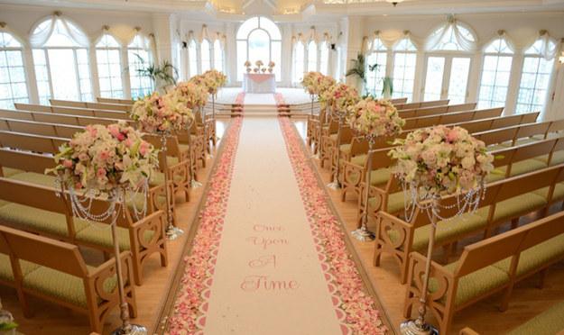 Grand_Floridian_Wedding_Pavillion_interior_view_