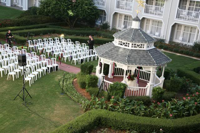 Yacht_Club_Resort_Wedding_Gazebo
