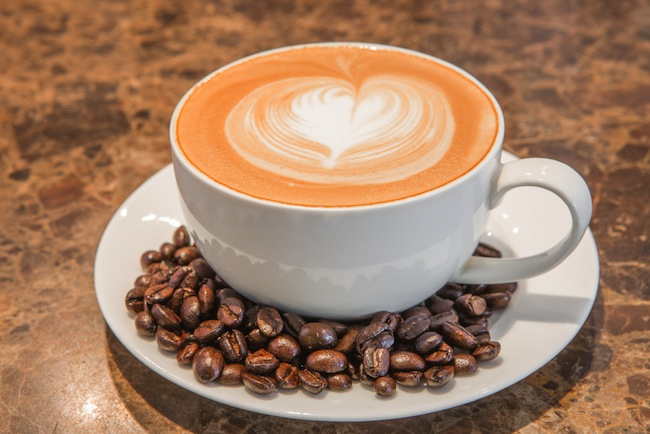 cappuccino-heart-shaped-froth