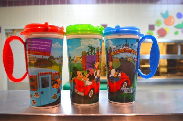 Refillable_Mugs_Mickey_on_the_Road_PWnfkj.jpg