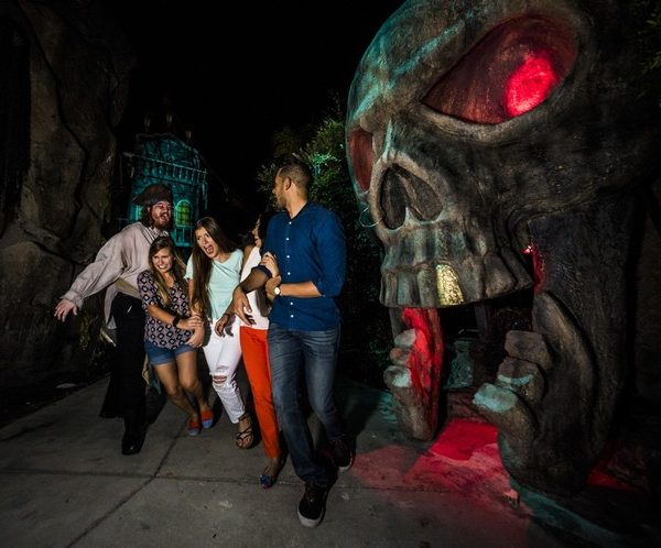 Howl O Scream 2017 Orlando Tickets Hotels Packages