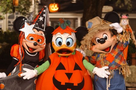 Halloween In Disney Florida.Mickey S Not So Scary Halloween Party Meet Up Orlando