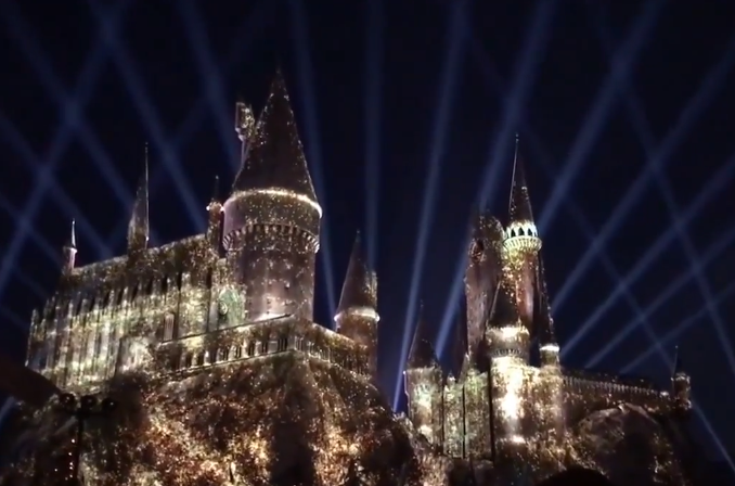 The Magic Of Christmas At Hogwarts Harry Potter