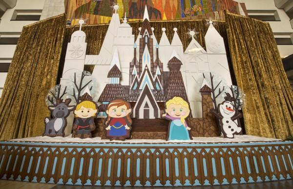 NEW Gingerbread Cinderella Castle 2017 at Disney's Contemporary Resort