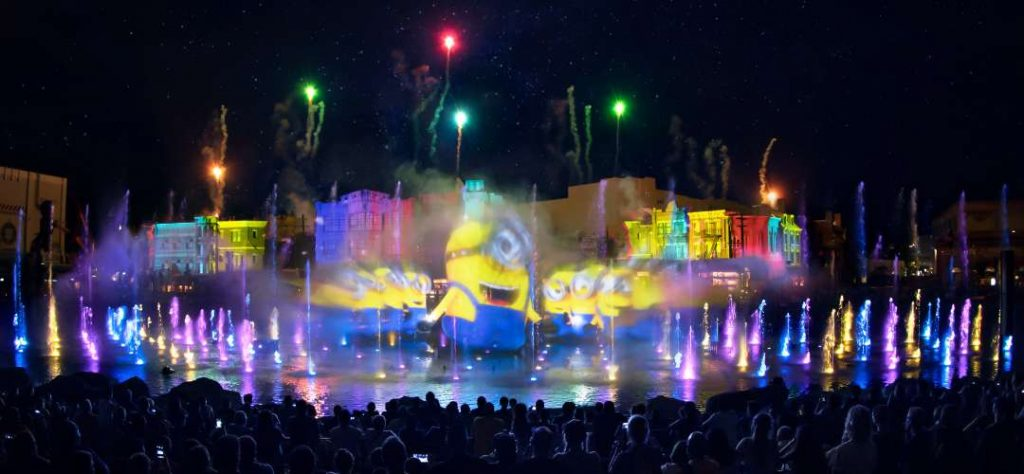 minions-performance-cinematic-celebration-show