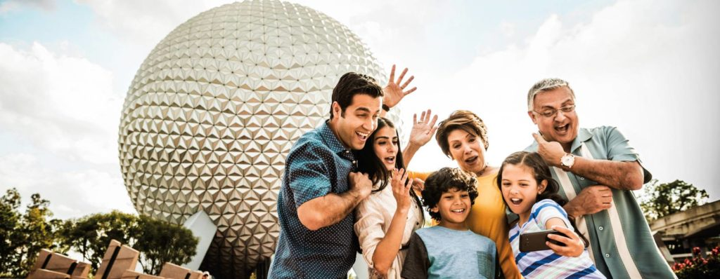 Walt-Disney-World-Epcot-happy-people